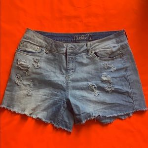 Size 11/12 Rue21 distressed jean shorts